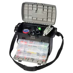 Tackle box with 3 accessory boxes